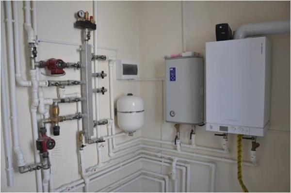 Пример-установки-газового-и-электрического-котла-параллельно.